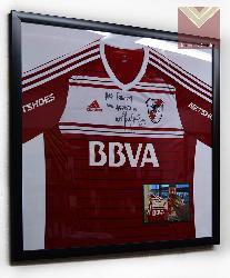 Enmarcado camiseta River con foto Marcos y Cuadros